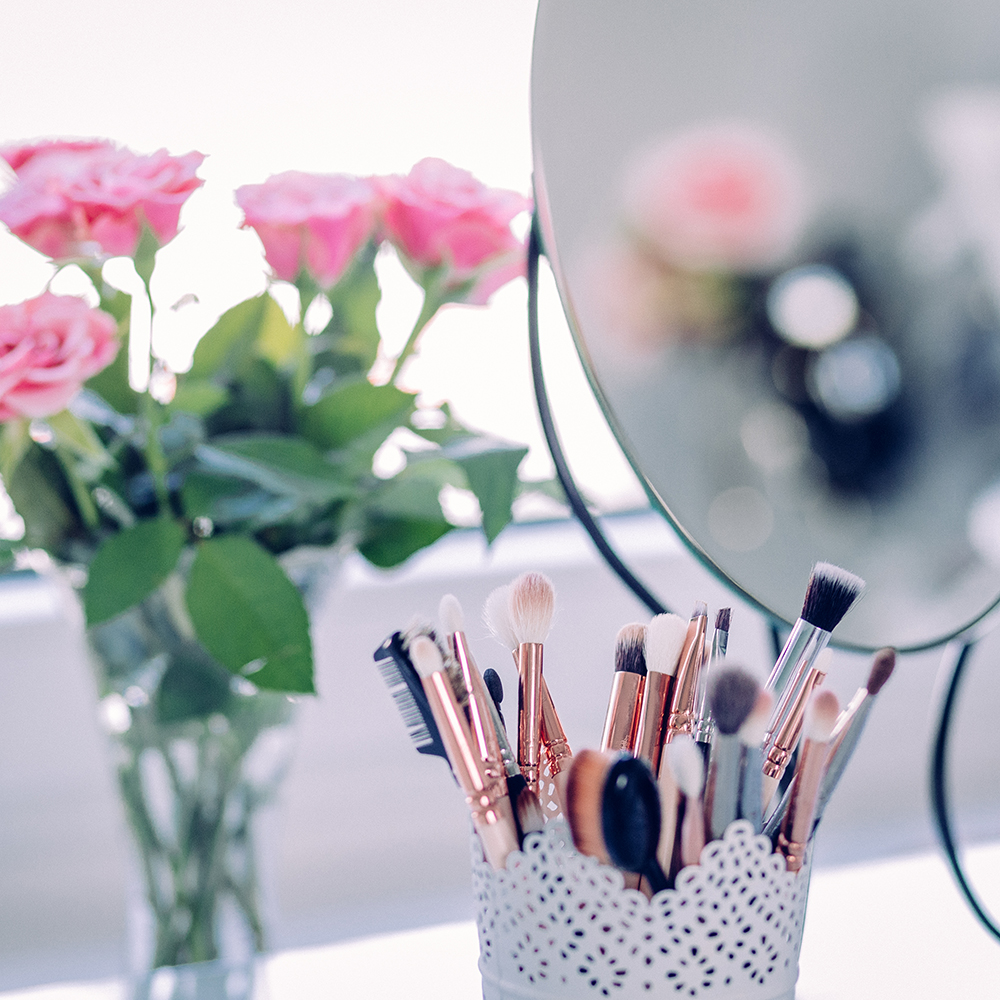 Make-up as Therapy