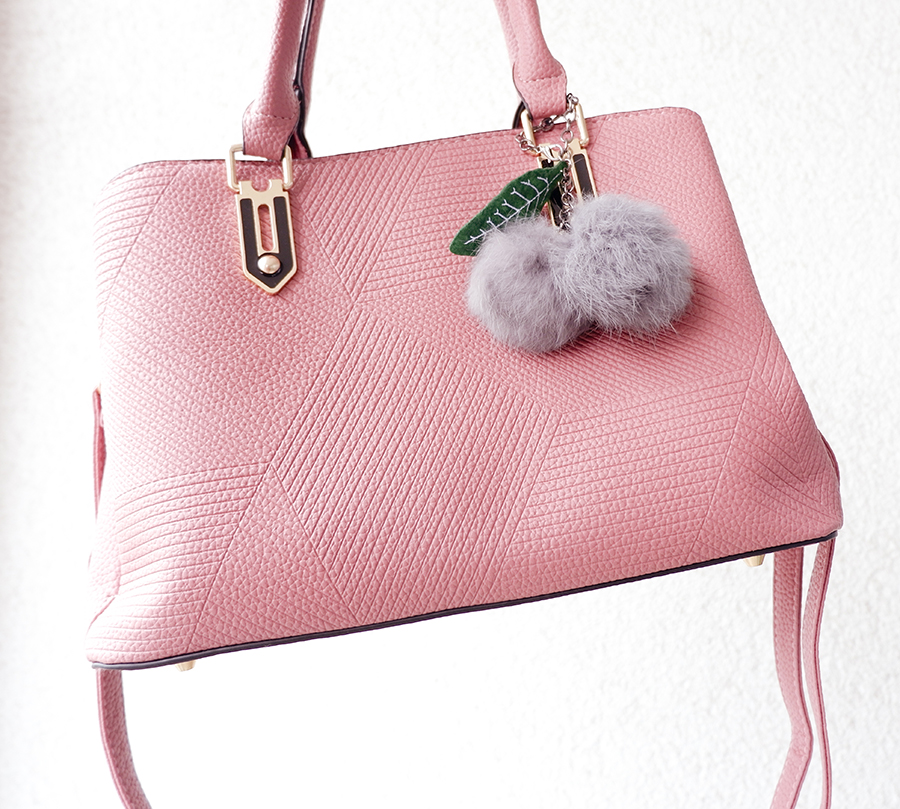 summer outfit pastel bag 2