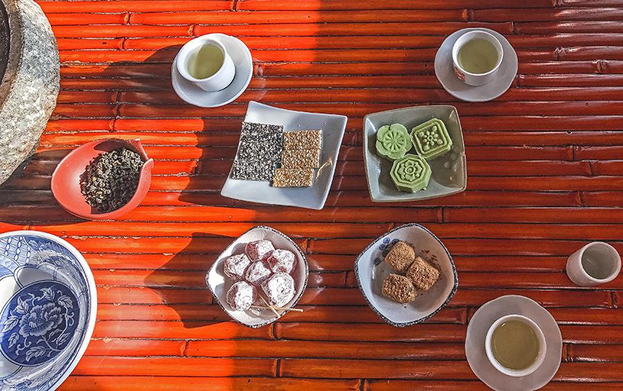 jiufen taiwan a mei teahouse tea time