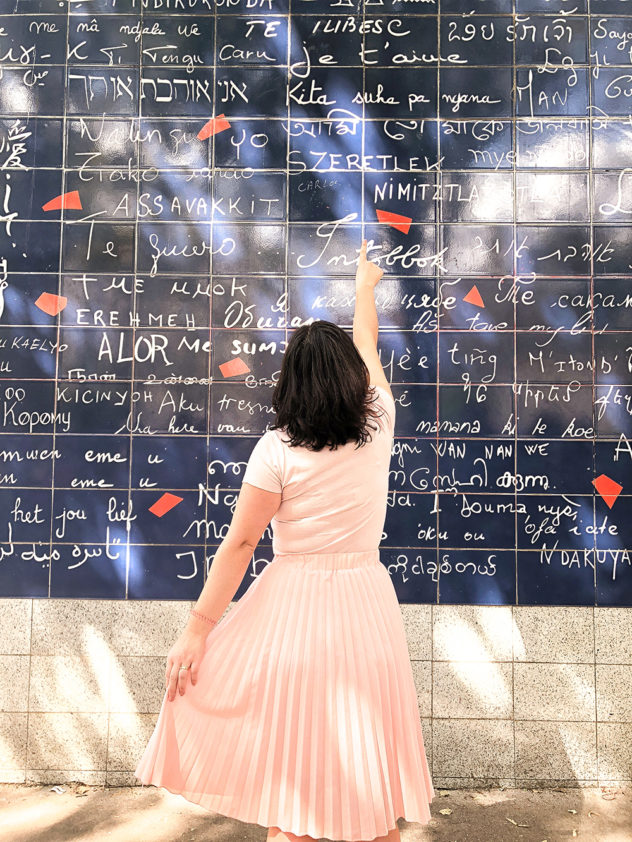 paris 2-day itinerary - the i love you wall