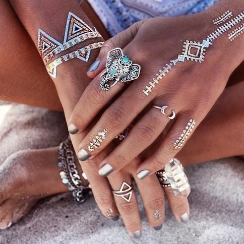 10 Cute & Tiny Tattoos